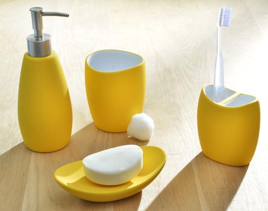 accessoire salle de bain jaune