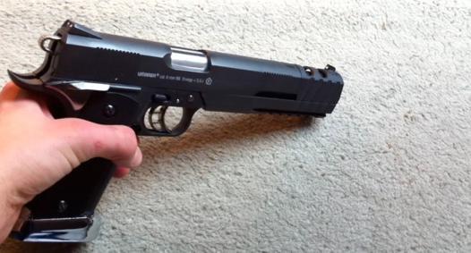 airsoft pistolet a gaz