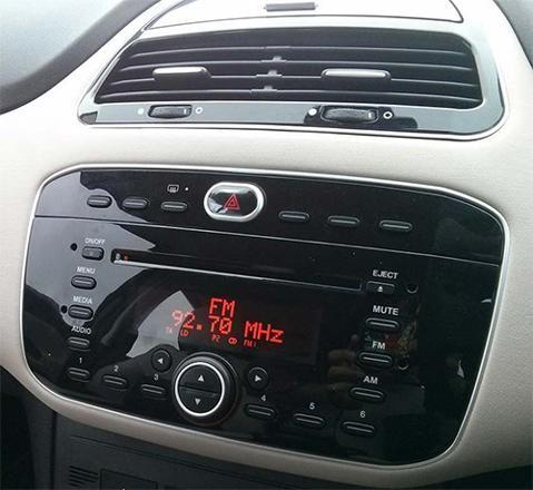 autoradio fiat punto