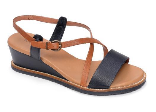 sandales kickers femme
