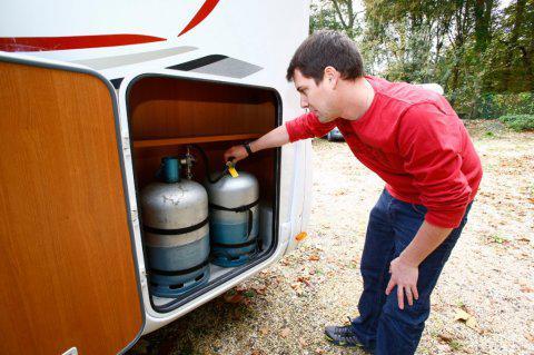 bouteille de gaz pour camping car