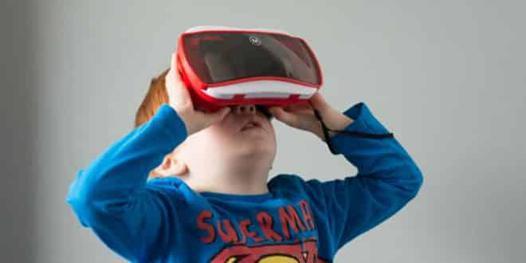 casque realite virtuel enfant