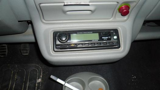changer autoradio twingo 1