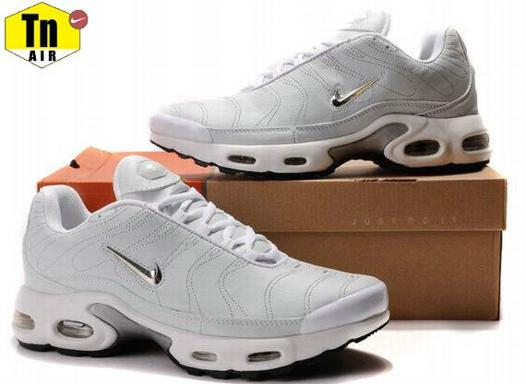 chaussures nike 30 euros