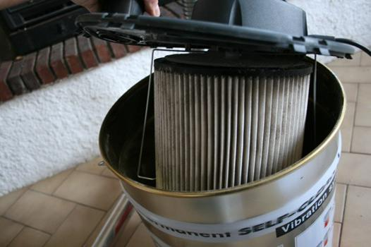 comment nettoyer filtre aspirateur