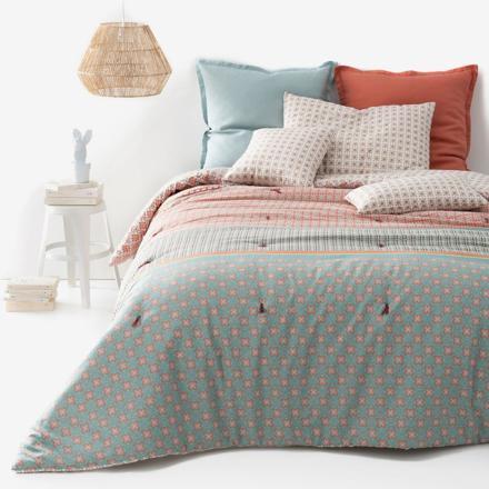 couvre lit matelassé léger