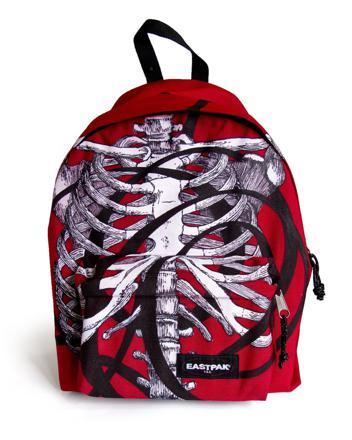 dessin sur sac eastpak