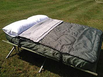 lit de camp ou matelas gonflable