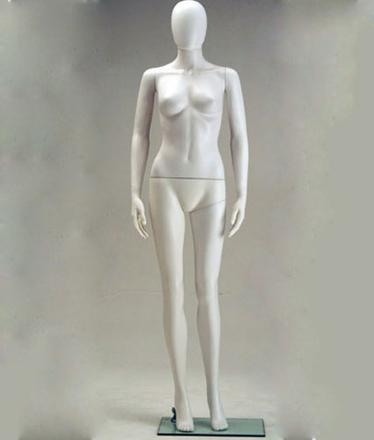 mannequin femme plastique