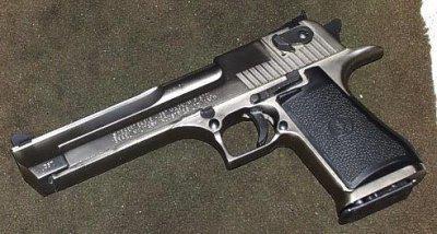 pistolet puissant