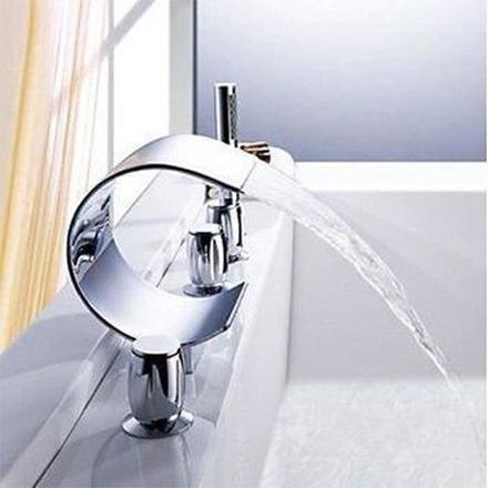 robinet salle de bain cascade
