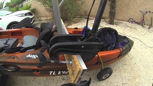 support moteur electrique pour kayak