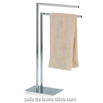 support serviette sur pied