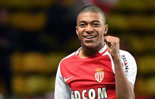 taille mbappe