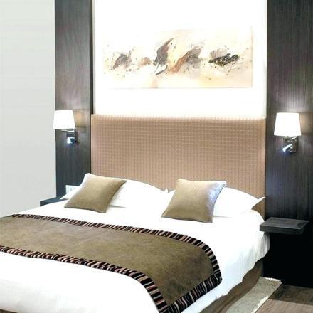 tete de lit avec lumiere et chevet