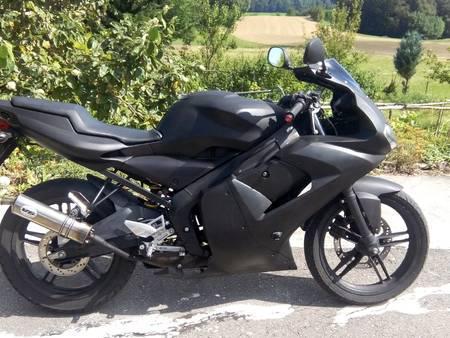 tzr 50 noir