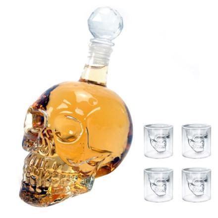 verre à alcool crâne de crystal transparent